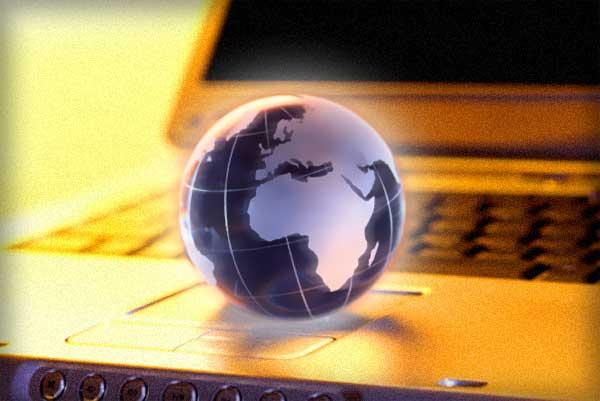 globe on laptop