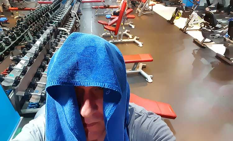 rob-down-the-gym